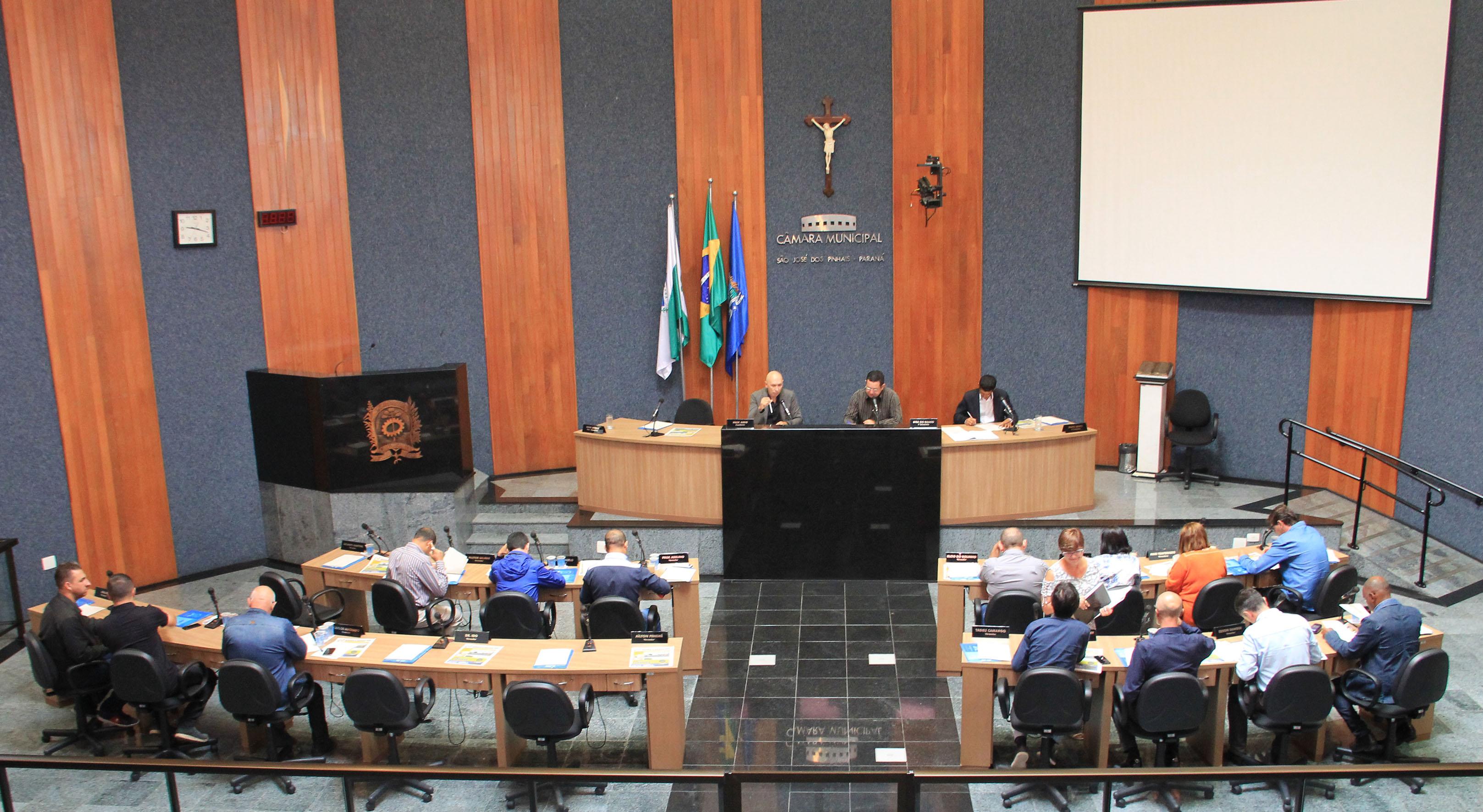 Comissões permanentes do legislativo são-joseense são definidas para 2018