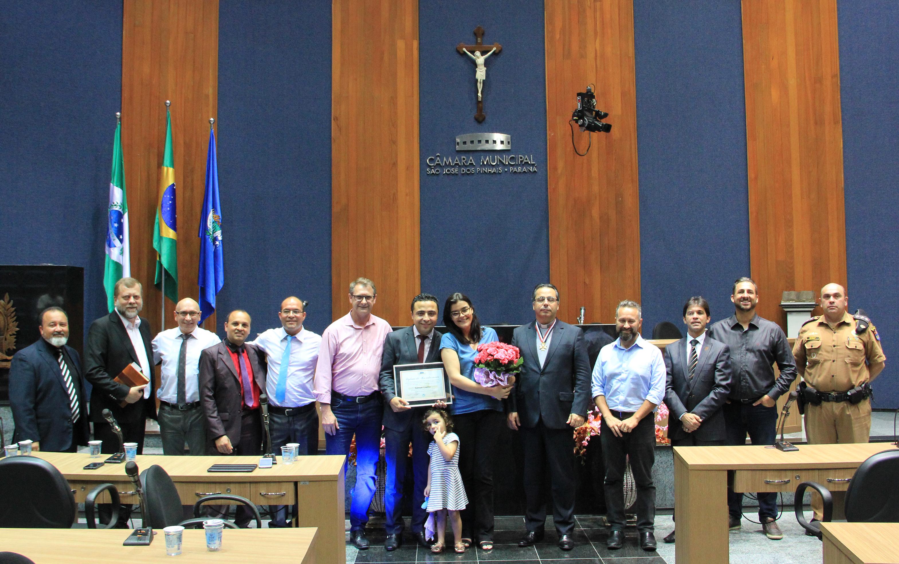 Pastor Samuel Coelho recebe Votos de Louvor e Reconhecimento