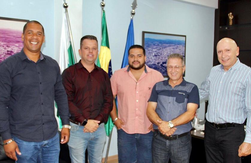 Empresários do Paraguai visitam a Câmara