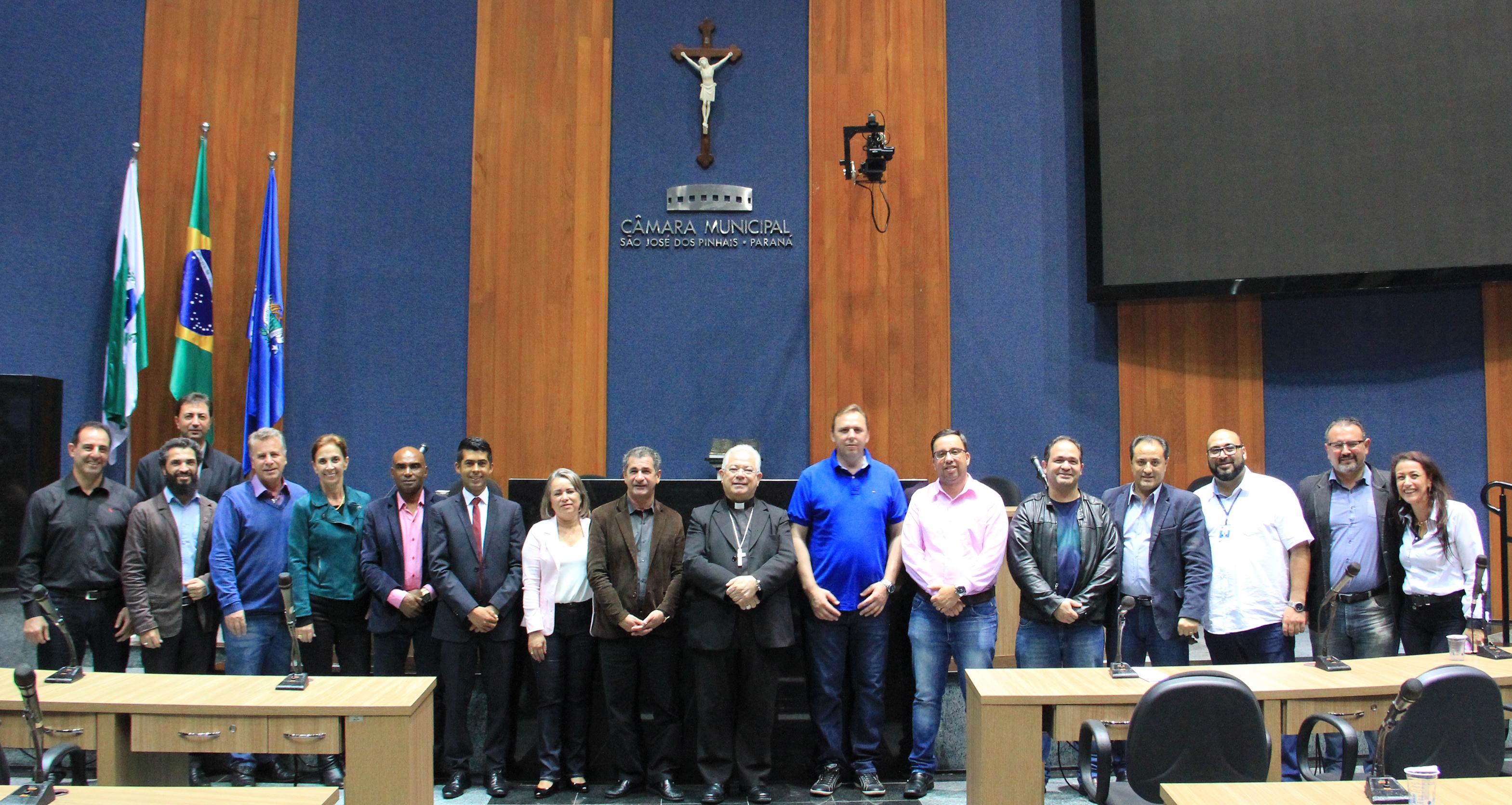 Bispo de São José dos Pinhais fala sobre a Campanha da Fraternidade 2019 na Câmara Municipal
