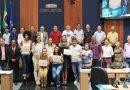 Equipe feminina campeã paranaense de voleibol é homenageada pela Câmara Municipal