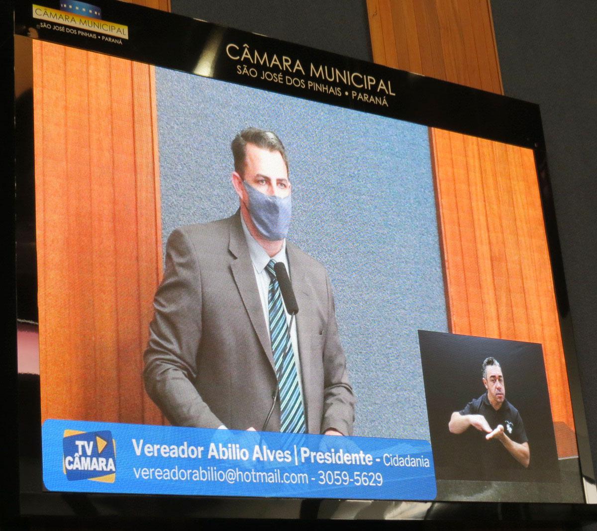 Acessibilidade e cidadania: Câmara Municipal inclui interpretação em Libras nas transmissões das sessões